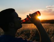 El consum no responsable d'alcohol pot suposar un greu problema de salut, especialment entre la població més jove