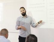 El director de la Federació de Cooperatives de Treball de Catalunya, Guillem Perdrix, en una presentació