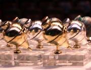 Els guardons dels Premis Edublogs amb forma de baldufes