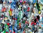 A Catalunya, més de 5 milions de llaunes, ampolles i brics acaben perduts al nostre entorn cada dia. Font: Retorna