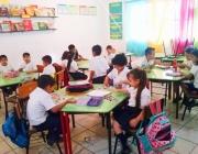 Alumnes a l'aula. Font: Breida Castro a Flickr