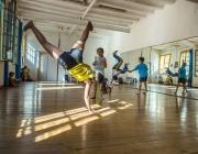 Activitat de l'Associació Capoeria Palmares Barcelona. Imatge de Enric Català (La Directa)