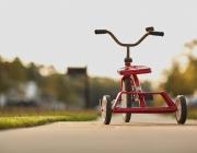 La bicicleta, una joguina pels infants. Font: Pixabay