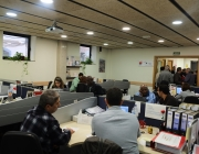 Oficines de Càritas de Barcelona on es reuneixen les persones usuàries amb els i les acompanyants