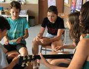 Eduglosa està especialment adreçat al treball a les escoles