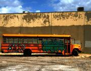 Autobus pintat i abandonat. Font: eschipul (flickr.com)