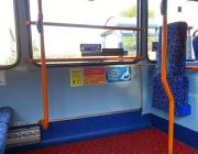 Espai reservat per cadires de rodes en un autobús