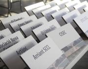 Identifidors de les expositores de la FESC 2014. Font: Flickr de la XES