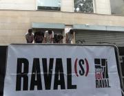 Joves assajant el ball que van fer al Raval(s). Foto de l'Ass. per a Joves Teb