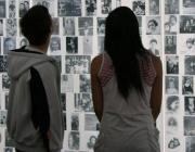 Imatge: UNESCO, sobre la memòria de l'Holocaust