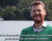 Fotograma del vídeo de presentació del documental sobre l'Economia del Bé Comú