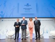 La Ministra Dolors Montserrat, el Vicdepresident de la Fundació Ave Maria, Antoni Reverter i Jaume Giró