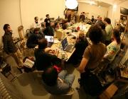 Hackerspace. Font: http://blog.economie-numerique.net