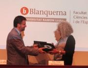 La Begonya Gasch, directora general d'El Llindar, recull el premi Educació 2018.