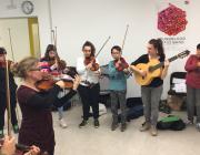 Amb el mecenatge de la Fundació de Música Ferrer-Salat, ARTransforma presenta un llibre que vol seguir fomentant l'accés universal a la cultura de qualitat, i empoderant a les persones a través de la música. Font: ARTransforma