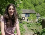 Vanesa Freixa, impulsora de l'Associació Rurbans (imatge: fotograma de Viure als Pirineus, ccma.cat)