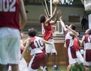 Jugant a bàsquet als Special Olympics 2016 de Reus