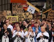Mitjançant Internet podreu recollir signatures i engegar campanyes. Fotografia: Takver