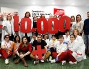 Una fotografia de grup per commemorar la xifra