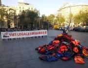 Acció sorpresa de la plataforma Stop Mare Mortum a Barcelona