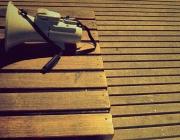 Megàfon. Font: sicoactiva (flickr.com)
