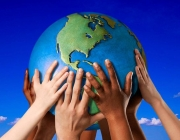 Imatge d'interculturalitat al món. Font: Wikimedia.org