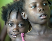 Nenes haitianes. Foto: United Nations Photo (Flickr)