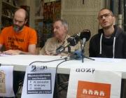 Roda de premsa de representants de la Xarxa d'Habitatge, del Sindicat de Llogaters i del Bloc Entença 151