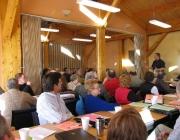 Persones reunides en assemblea. Font: CSLP (Flickr)
