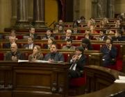 Imatge del ple contra la pobresa. Font: web parlament.cat
