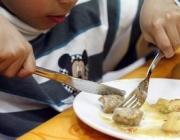 L'Ajuntament de Barcelona amplia recursos per garantir la cobertura alimentària d'infants i joves