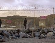 Policia Nacional custodiant el pas fronterer del Tarajal, a Ceuta