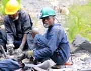 Treballadors congolesos. Imatge CC BY-NC-SA 2.0 de la galeria Fairphone (Flickr)