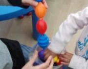 Infants jugant. Font: Fundació Catalana de l'Esplai