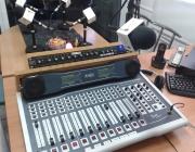 Control i locutori de Ràdio Trinitat Vella