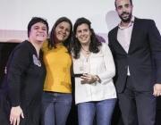 Representants de la Fundación Esplai en l'acte de lliurament de premis de Dona TIC