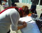 Recollida de signatures de la campanya TBE (Font: FAS)