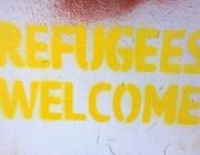 Pintada reivindicant l'acollida de persones refugiades. Font: http://concordeurope.org/