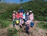 Treballadors de l'empresa Surkana van col·laborar en la restauració del riu Congost (imatge:Associació Habitats)