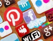 """Xerrada """"la gestió de les xarxes socials"""". Imatge de Roy Blumer."""