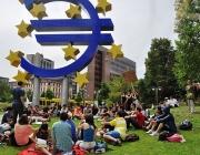 Assamblea dels indignats a Frankfurt el 2011. Foto: Mar del Sur (Wikimedia commons)