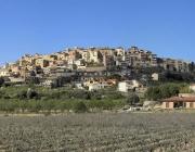 Vista panoràmica de la població de l'Horta de Sant Joan. Font: Viquipèdia