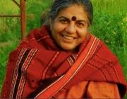 Vandana Shiva, una de les dones més conegudes vinculada als moviments ecologistes relacionats amb la agricultura i l'alimentació