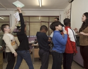 Voluntariat amb infants d'un municipi de Cerdanyola del Vallès