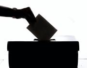 Algunes eines com Evoting s'encarreguen del funcionament del sistema de votació i el seu cost depèn de les persones votants. Font: Unsplash. Font: Font: Unsplash.