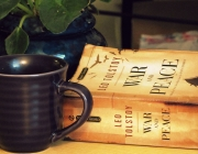 """Llibre """"War and peace"""". Foto CC de Sarah Elizabeth Simpson"""