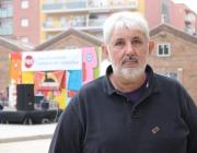 Xavier Palos al pati del recinte de Fabra i Coats