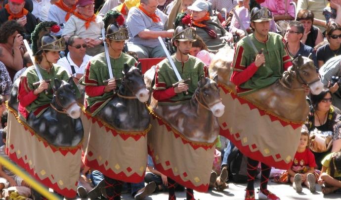 Les Festes del Tura són manifestacions del patrimoni cultural, artístic i tradicional de la ciutat d'Olot. Font: Festes del Tura