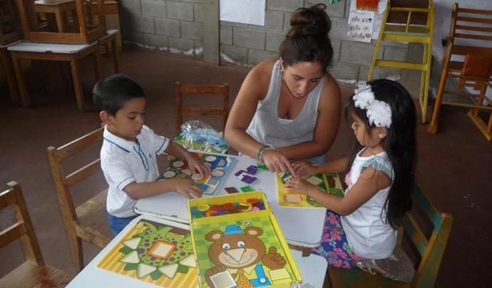 Voluntària en un projecte a Nicaragua Font: ONG Voluntariado