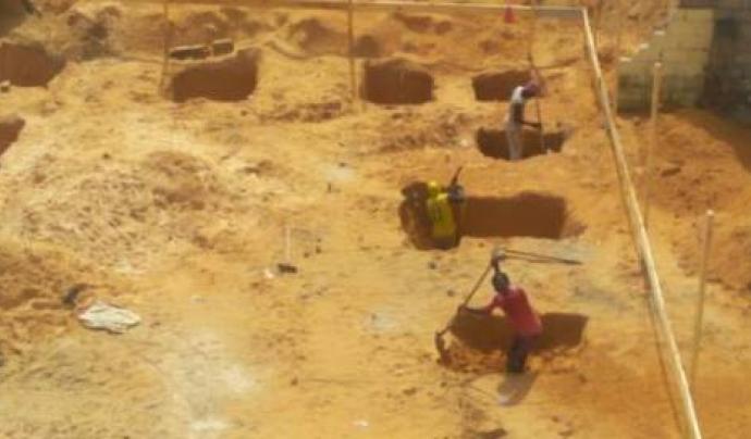 Construcció de la tercera fase del centre educatiu de Thiagore Font: Futbol Solidari